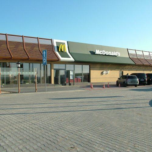Restauracja McDONALD`s Nowy Dwór Gdański. Roboty wykończeniowe - 2010