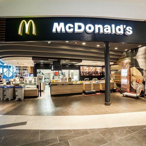 Roboty wykończeniowe restauracji McDonald`s wZintegrowanym Centrum Komunikacyjnym Poznań Główny - 2013