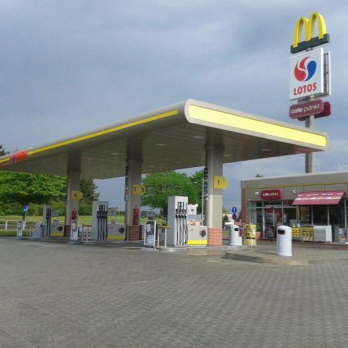 Stacja paliw koncernu LOTOS - Szczecinek - Generalne Wykonawstwo - 2013/2014