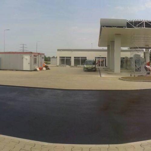 Budowa drogi gminnej orazskrzyżowania drogi gminnej zdrogą wojewódzką nr395,  Żerniki Wrocławskie; stacja paliw LOTOS Polska, 2015