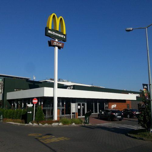 Przebudowa restauracji McDonald's wPoznaniu, AL.Solidarności – 2015
