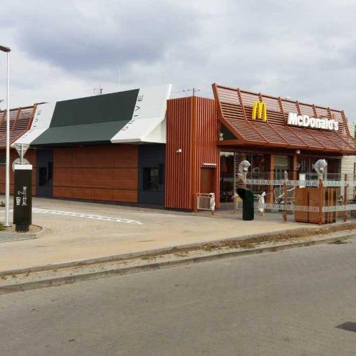 Budowa restauracji sieciowej McDonald's wPoznaniu – Ławicy, ul.Bukowska – 2016