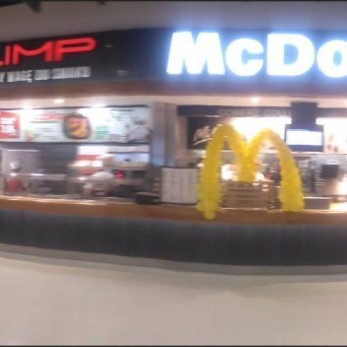 """Restauracja sieciowa McDonald's wCH """"POSNANIA"""" wPoznaniu, 2016"""