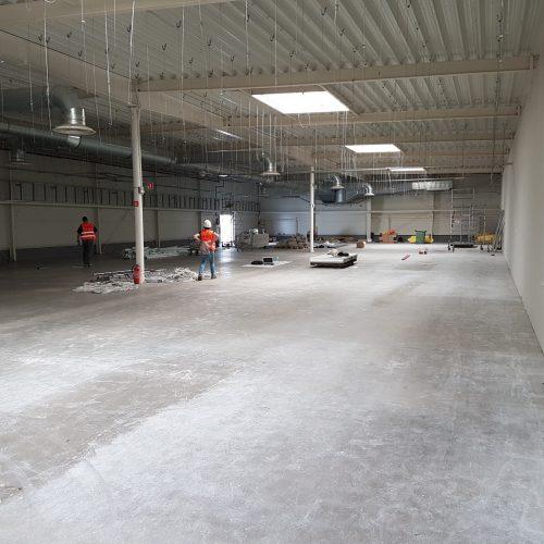 Realizacja obiektu  ACTION wcentrum handlowym wLegnicy przy ul.R. Schumanna; 2017